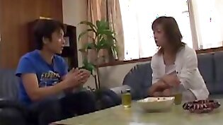 Japanese Jiji Interview With Mom