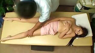 Massaging BBC asian tight cleft braces to closer