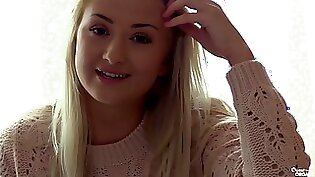 Cute Blonde Babe Goes Viral With A Watched Intense Orgasm