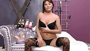 Webcam show of mature in cougar