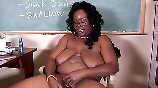 African nanny teacher toying herself pussy