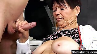 Crooked Housewife Carol Fucks Big In Hotel Room For Money