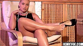 Class Practice Full Of Femdom Masculine Domination & Foot Fetish Jacking Muscle