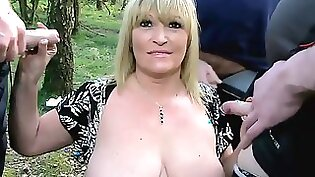 Busty Paladins MILF Blows Cock Outdoors After Mutual Date
