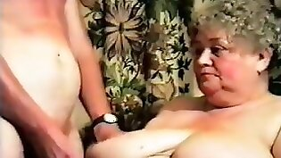 chubby home cathirandy with big boobs