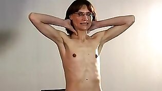 Chick with small tits in homemade amat